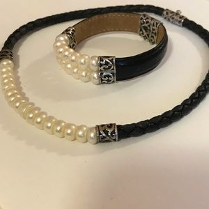 Genuine Pearl, Leather bracelet and necklace